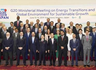 Συμφωνία για μείωση των απορριμάτων στους ωκεανούς υπεγράφη στην G20