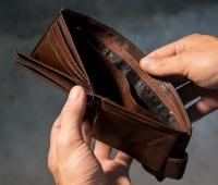 «Χάθηκαν» εισοδήματα ύψους 1 δισ. - Πήγαν σε φόρους και εισφορές